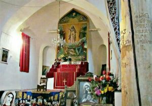 یک قرن ایستادگی کلیسای سِنت